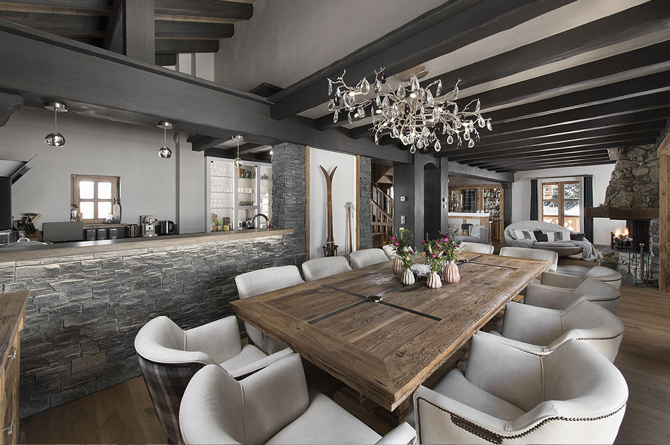 Luxury Ski-in Ski-out Chalet in Courchevel Village Image 1