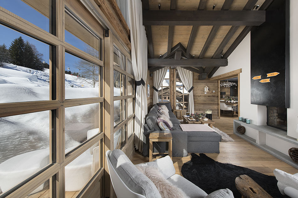 Luxury Ski-in Ski-out Chalet in Courchevel Village Image 2